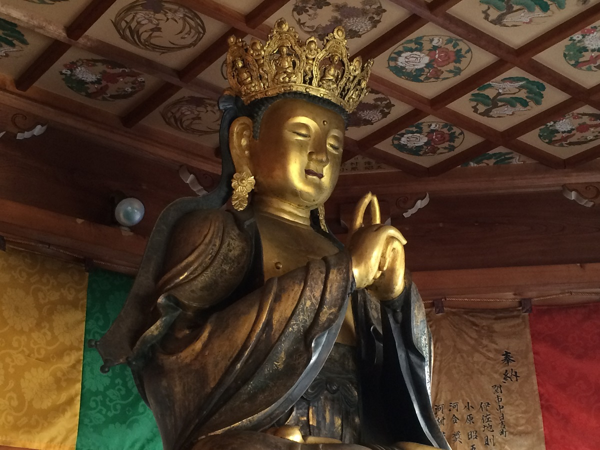 五郎丸ポーズの仏像